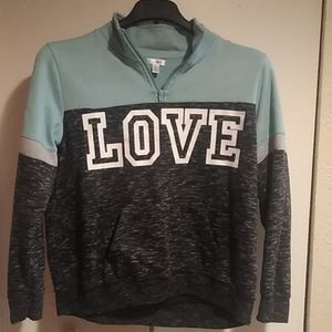Pullover active sweat shirt